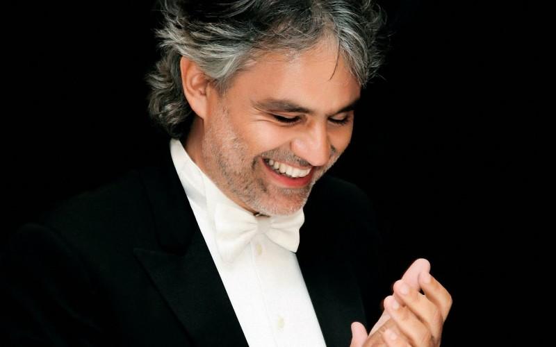 Andrea Bocelli : アンドレア・ボチェッリ